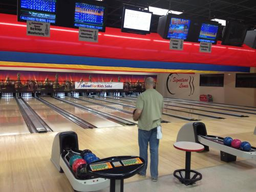 Staff participate in community fundraising - Bowl for Kids Sake